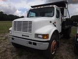 6-08223 (Trucks-Dump)  Seller: Gov-Manatee County 2001 INTL 4700