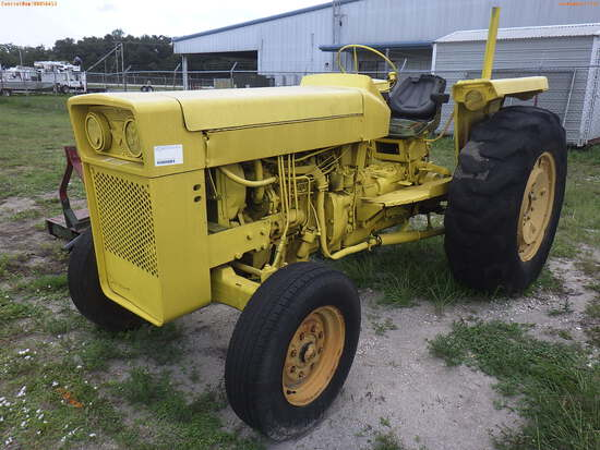 8-01112 (Equip.-Tractor)  Seller:Private/Dealer MASSEY FERGESON DIESEL TRACTOR