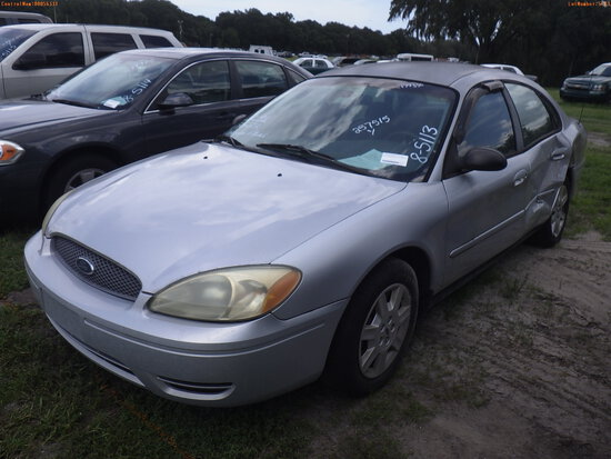 8-05113 (Cars-Sedan 4D)  Seller: Florida State M.S. 2006 FORD TAURUS