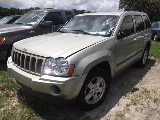 8-05115 (Cars-SUV 4D)  Seller:Private/Dealer 2007 JEEP GRANDCHER