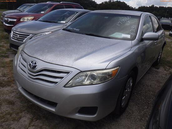 8-07131 (Cars-Sedan 4D)  Seller:Private/Dealer 2011 TOYT CAMRY