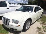8-07210 (Cars-Sedan 4D)  Seller:Private/Dealer 2006 CHRY 300