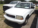 8-07140 (Trucks-Pickup 2D)  Seller:Private/Dealer 2000 GMC SONOMA