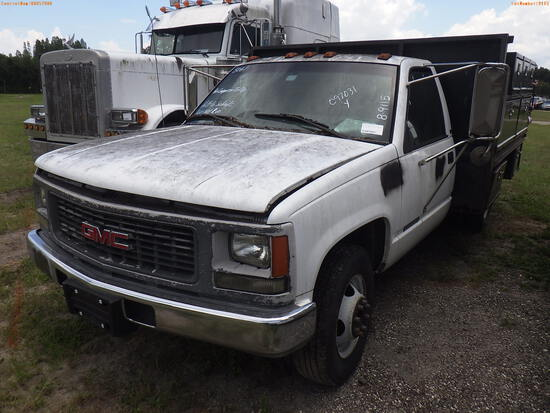 8-09115 (Trucks-Utility 2D)  Seller: Gov-Hillsborough County School 1999 GMC 350