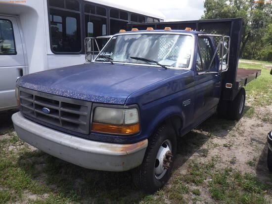 8-08211 (Trucks-Flatbed)  Seller: Gov-Hillsborough County School 1994 FORD F350