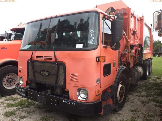 8-08254 (Trucks-Garbage)  Seller: Gov-City Of Largo 2014 AUTO XPEDITOR