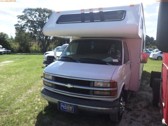 8-08129 (Cars-Motorhome)  Seller:Private/Dealer 1999 CHEV 3500