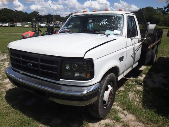 8-08216 (Trucks-Flatbed)  Seller: Florida State L.E.T.F. 1995 FORD F350