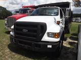 8-08119 (Trucks-Dump)  Seller:Private/Dealer 2004 FORD F650