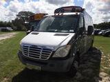 8-08123 (Trucks-Utility 2D)  Seller:Private/Dealer 2010 FRHT 3500