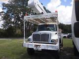 8-08135 (Trucks-Aerial lift)  Seller:Private/Dealer 2006 INTL 7300