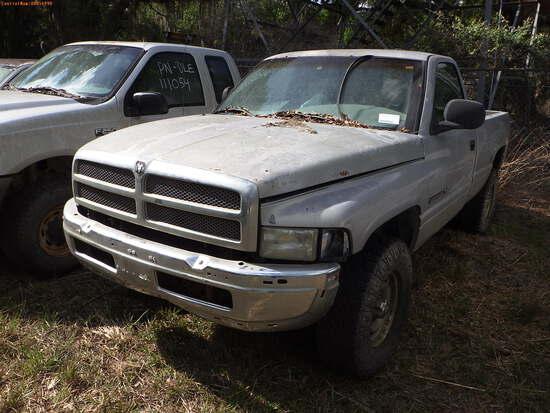 8-14111 (Trucks-Pickup 2D)  Seller: Florida State F.W.C. 2001 DODG 1500