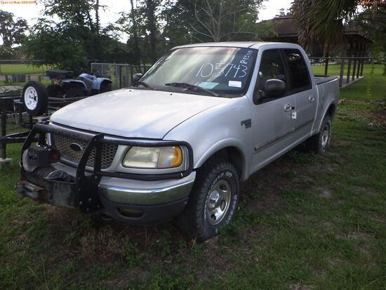 8-15115 (Trucks-Pickup 4D)  Seller: Florida State F.W.C. 2001 FORD F150