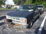 8-15111 (Trucks-Pickup 2D)  Seller: Florida State F.W.C. 1998 CHEV 1500