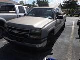 8-15120 (Trucks-Pickup 2D)  Seller: Florida State F.W.C. 2006 CHEV 1500