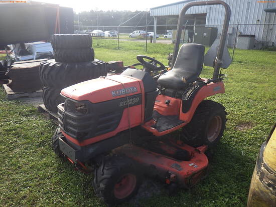10-01114 (Equip.-Tractor)  Seller: Florida State F.W.C. KUBOTA BX2230 OROPS TRAC