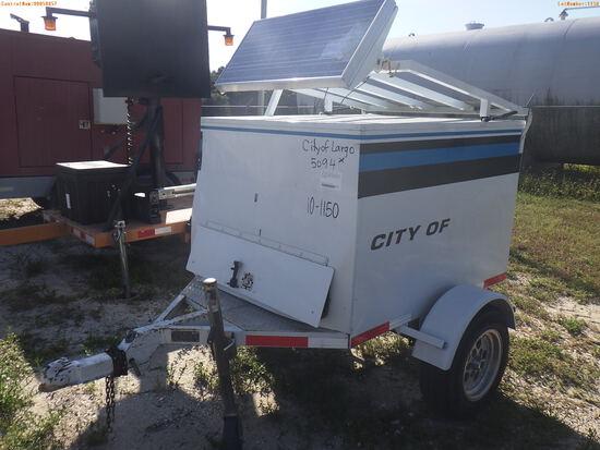 10-01150 (Equip.-Traffic control)  Seller: Gov-City Of Largo 1999 CUSTOM SIGNALS