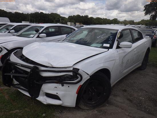 10-05119 (Cars-Sedan 4D)  Seller: Gov-Hillsborough County Sheriffs 2019 DODG CHA