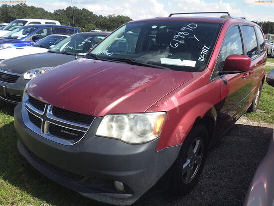 10-07117 (Cars-Van 4D)  Seller:Private/Dealer 2011 DODG GRANDCARA