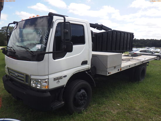 10-08110 (Trucks-Flatbed)  Seller:Private/Dealer 2006 FORD LCF