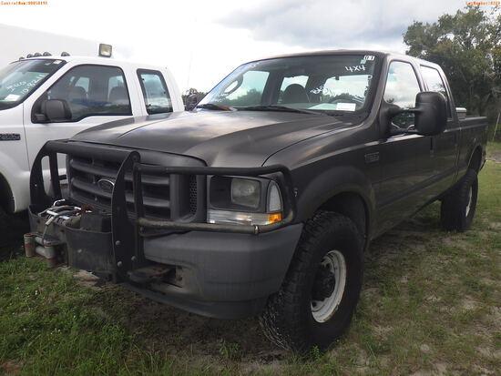 10-08210 (Trucks-Pickup 4D)  Seller: Gov-Hillsborough County Sheriffs 2004 FORD
