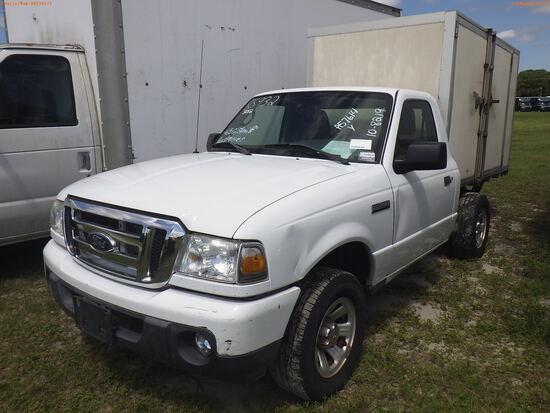 10-08219 (Trucks-Pickup 2D)  Seller: Gov-Hillsborough County Sheriffs 2011 FORD
