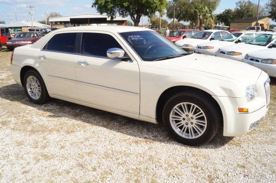 2010 Chrysler 300 Touring 4 Door Sedan