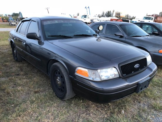2009 Ford Crown Victoria Police / Detective Interceptor