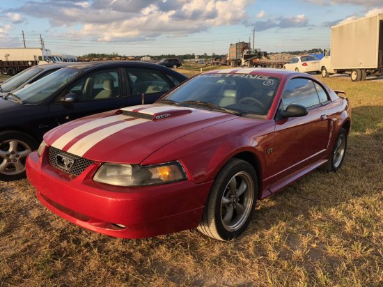 2001 Ford Mustang Sports Coupe