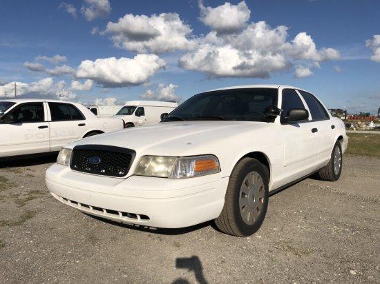 2008 Ford Crown Victoria 4 Door Police Cruiser