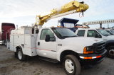 2001 Ford F-550 32 FT Bucket Truck