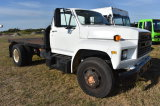 1989 Ford F-600 10ft Flatbed Hauling Truck