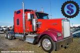 2005 Kenworth W900L T/A Sleeper Truck Tractor
