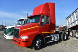 2006 Volvo Day Cab Truck Tractor