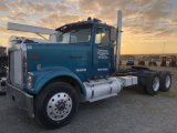 International Eagle 9300 T/A Day Cab Truck Tractor