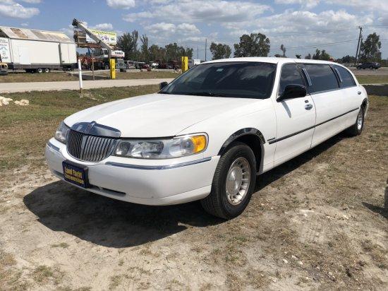 1999 Lincoln 6 Passenger Stretch Limousine
