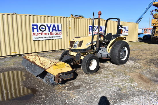 New Holland TN60A-2RM Hydraulic Sweeper Tractor