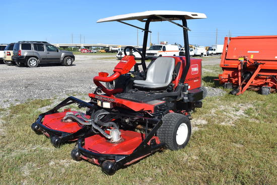 2009 Toro Groundsmaster 3500-D Sidewinder 3 Deck Commercial Rotary Mower