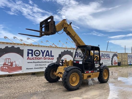 Caterpillar TH62 6,000 lbs Telescropic Forklift