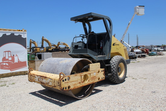 2004 Bomag BW177D-3 Vibratory Articulated Drum Roller