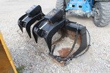 Caterpillar Skid Steer 80 inch Bucket Grapple