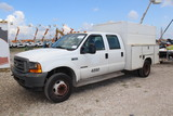 2001 Ford F-550 Enclosed Utility Truck