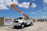 1994 International 4800 4x4 Overcenter Insulated Bucket Truck