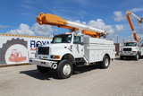 1997 International 4800 AWD 52ft Bucket Truck