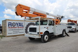 2000 International 4900 55ft Material Handling Bucket Truck