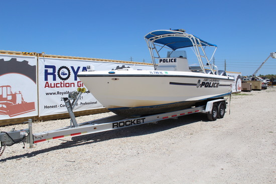 2003 Intrepid 28.75FT Center Console Boat