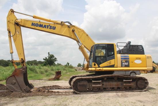 2011 Komatsu PC490LC-11 Hydraulic Excavator