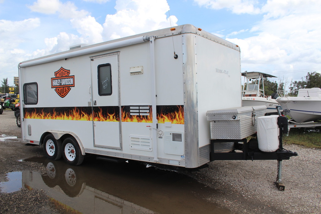 2006 Forest River Work and Play Toy Hauler Camper