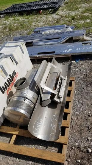 Western Star Exhaust Parts and Bumper