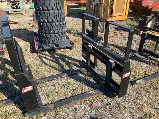 New 48in 4200lbs Step Thru Pallet Fork Attachment